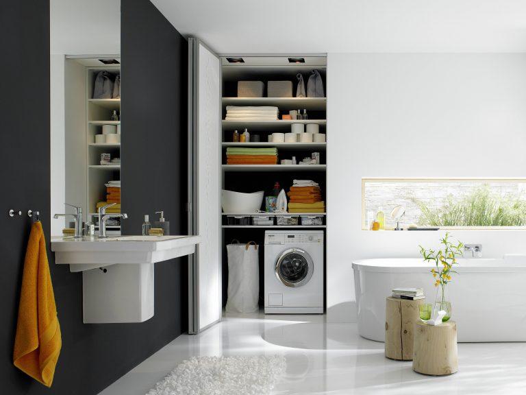 Badezimmermöbel, Stauraum für die Hauswirtschaft..